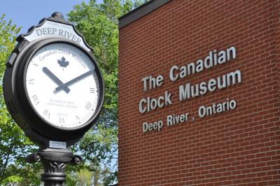 Canada clock