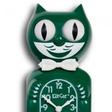 Gameday-Green-Kit-Cat-close-up